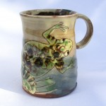 mugs with frogs